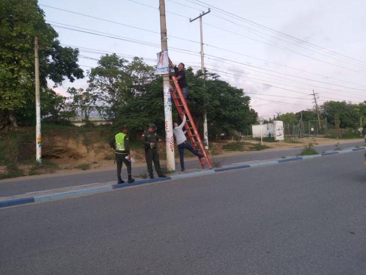 La Policía Ambiental manifestó que todo se hizo para aminorar la contaminación ambiental que se percibe en la ciudad por la publicidad de algunos partidos políticos.